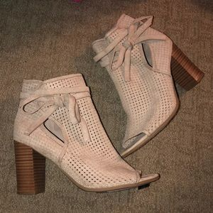 Francesca's Taupe Booties